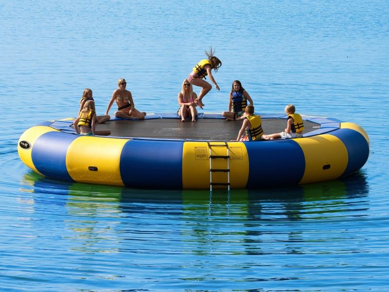 WaterTrampolines: Rave Aqua Jump Classic 25 Water Trampoline