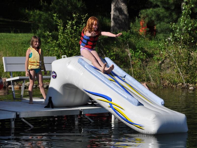 Rave Dock Slide Action