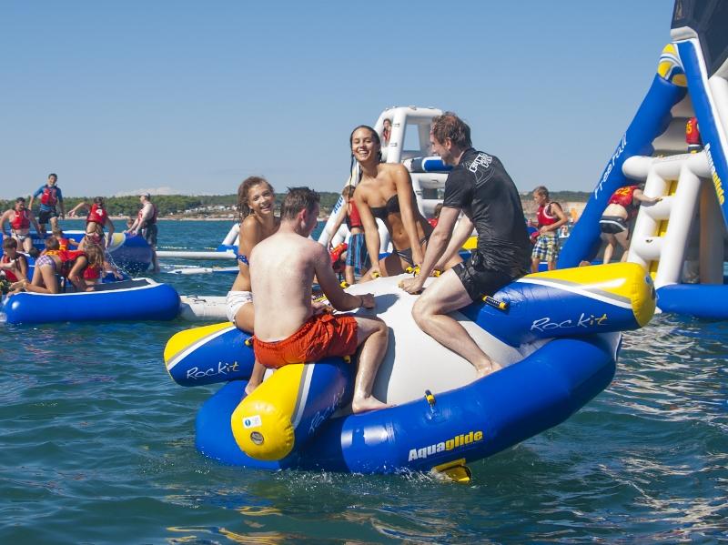 Aquaglide Rockit Junior in Action