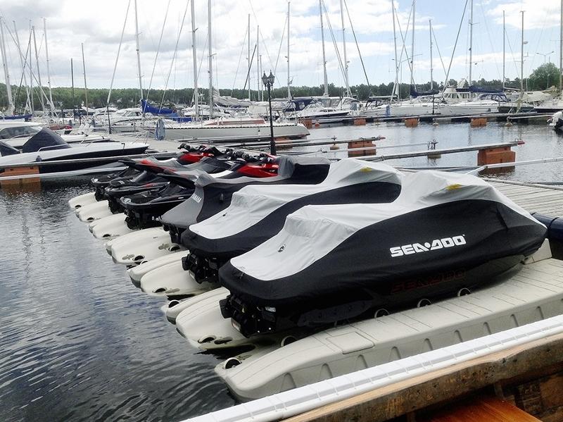 WavePort SLX6 at Marina