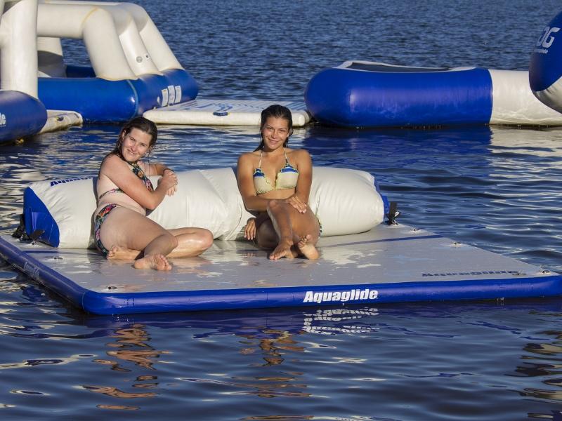Aquaglide Sundeck Lounge