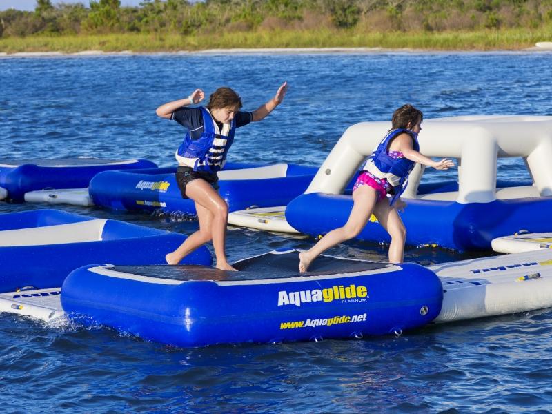 Aquaglide Challenge Circuit 1 Action
